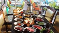 F. Erdilli Gourmet Slow Food'da Haftanın Her Günü Geçerli Zengin Serpme Kahvaltı!