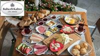 Paşabahçe Bahçeli Kahve'nin Keyifli Bahçesinde 2 Kişilik Serpme Kahvaltı Keyfi!
